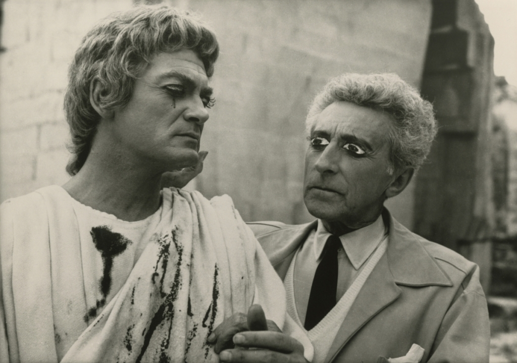 lucien-clergue-jean-marais-with-jean-cocteau-on-the-set-of-testament-dorphc3a9e-1959-via-theredlist